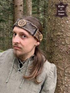 Stirnband aus Hirschfell/Wildleder mit magischem Sonnenrad/Spiralen